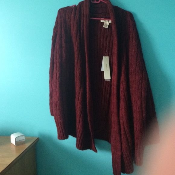NWT maroon sweater So comfy! oversized sweater, perfect for fall ...