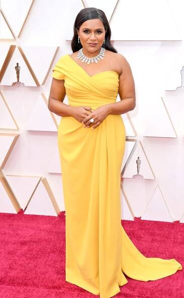 Entertainment News Celebrity News Celebrity Gossip E News Uk In 2020 With Images Nice Dresses Red Carpet Dresses Best Red Carpet Oscars