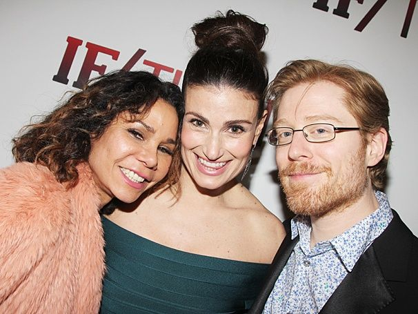 Photos Idina Menzel And Her If Then Friends Live It Up In Nyc On Opening Night Idina Menzel Girl Humor Rent Musical