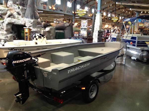 Tracker Boat Center Bass Pro Shops Pontoon Boats For Sale Pontoon Boat Luxury Pontoon Boats