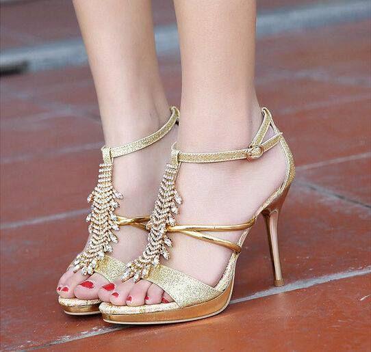 e8d9a2f264ecac 71 Eye-Catching Beautiful Sandal Designs for Gorgeous Women. Summer SandalsHigh  Heels ...