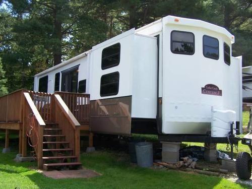 used 2010 cedar creek cottage for sale rvregistry com deck for rh pinterest com
