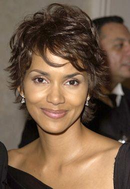 38+ Jolie coiffure courte femme inspiration