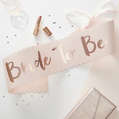 5bb7f1f20ce1 Echarpe en papier Bride to Be rose gold et blush   EVJF   Pinterest ...