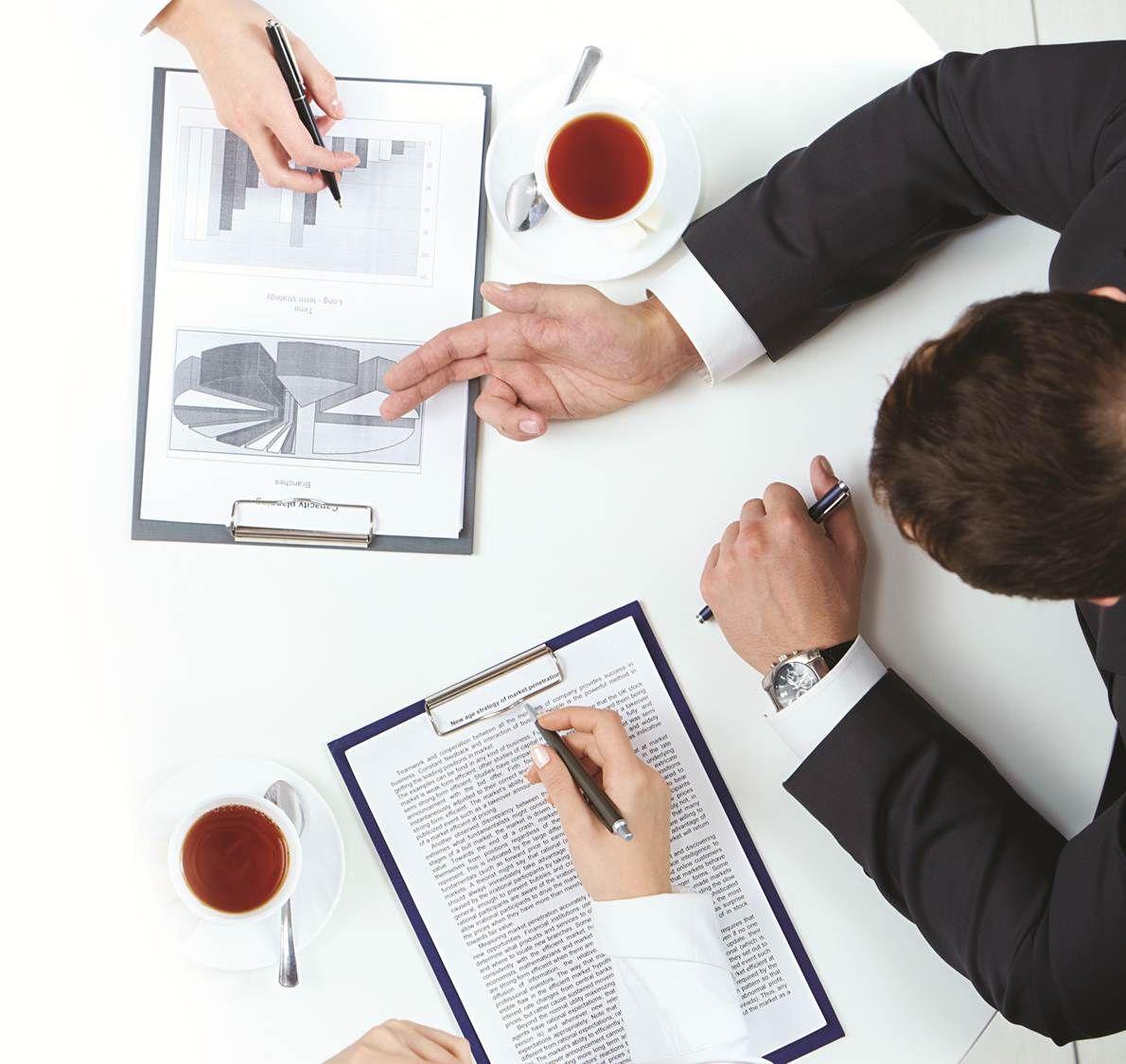 İşin Uzmanı Firma Birleşmeleri ve Ortaklık Oluşturarak