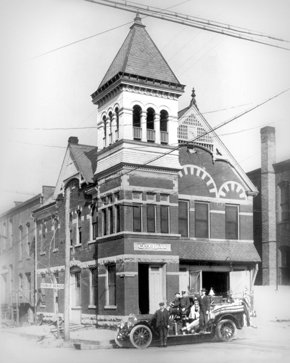 "This gingerbread style building was built around the 1870's as the City Hall and Fire Station for the City of Murfreesboro. It was located on the corner of Church and Maple. It the 1920's, the City Hall moved to Main Street. The ""Po Boy Restaurant"" was located there during the Depression."