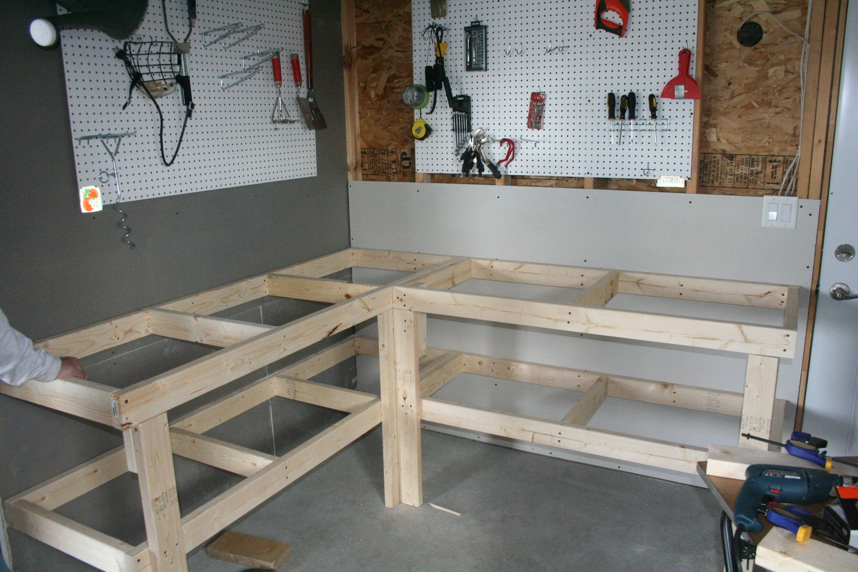 Garage Workbench And Storage Built Dad Tough House Diy Garage Diy Workbench