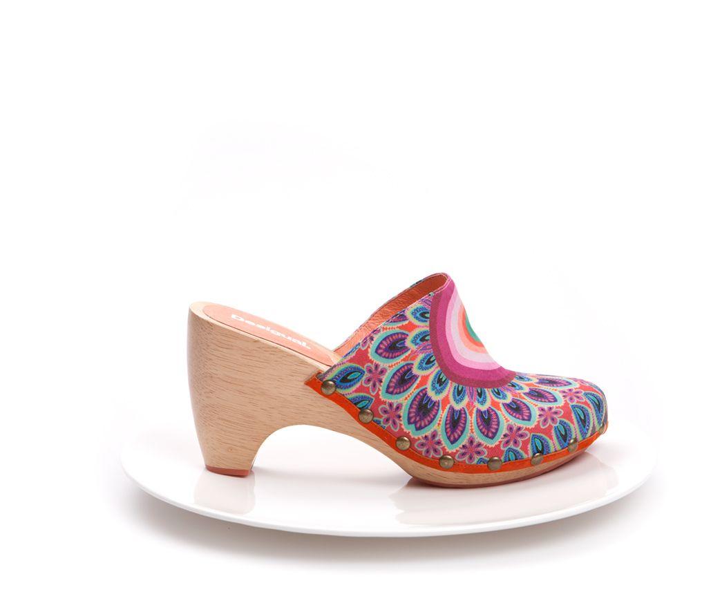Sabots flower power. Desigual Shoes