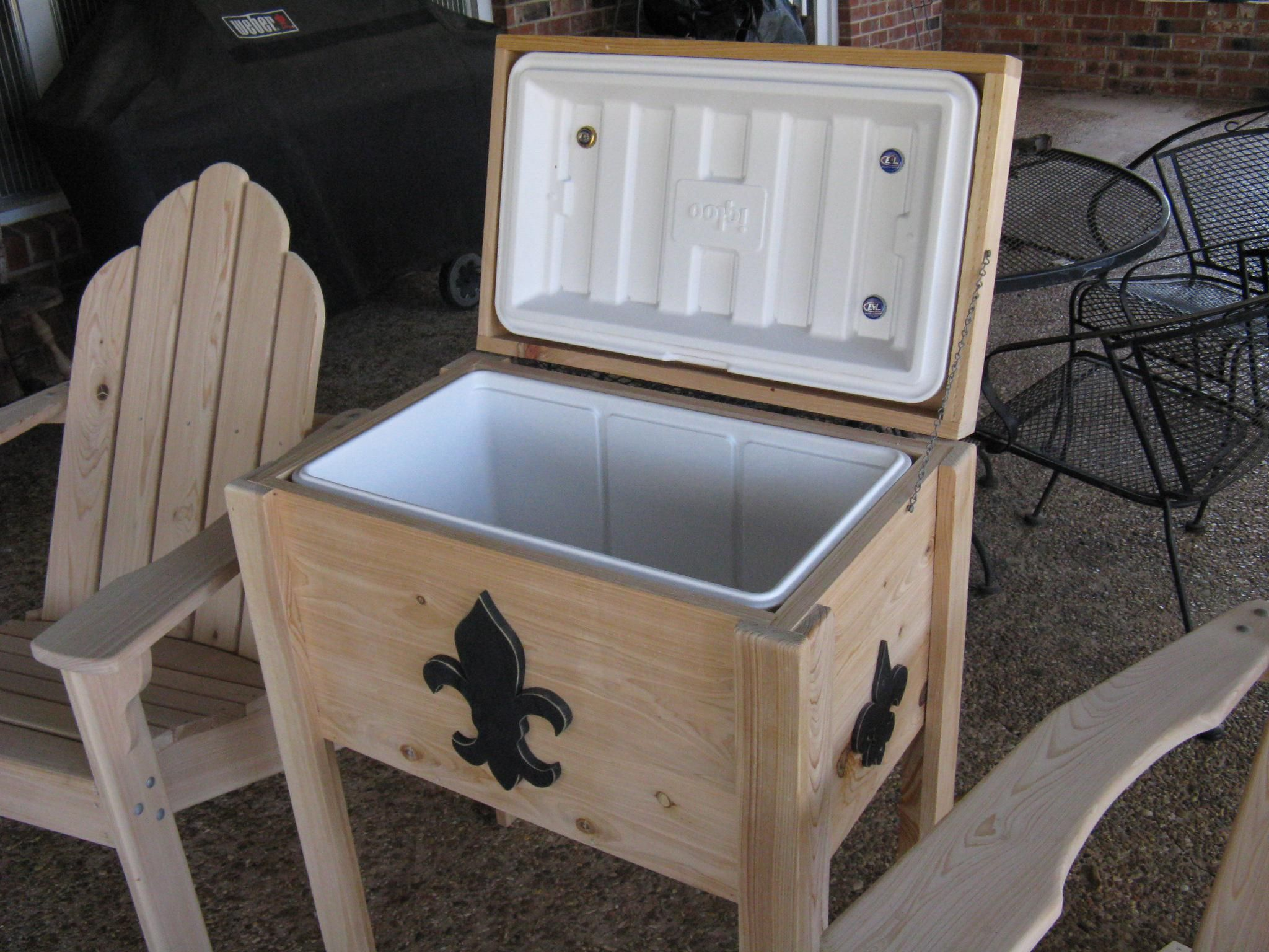 Patio Ice Chest On Wheels Antique Wooden Plans New