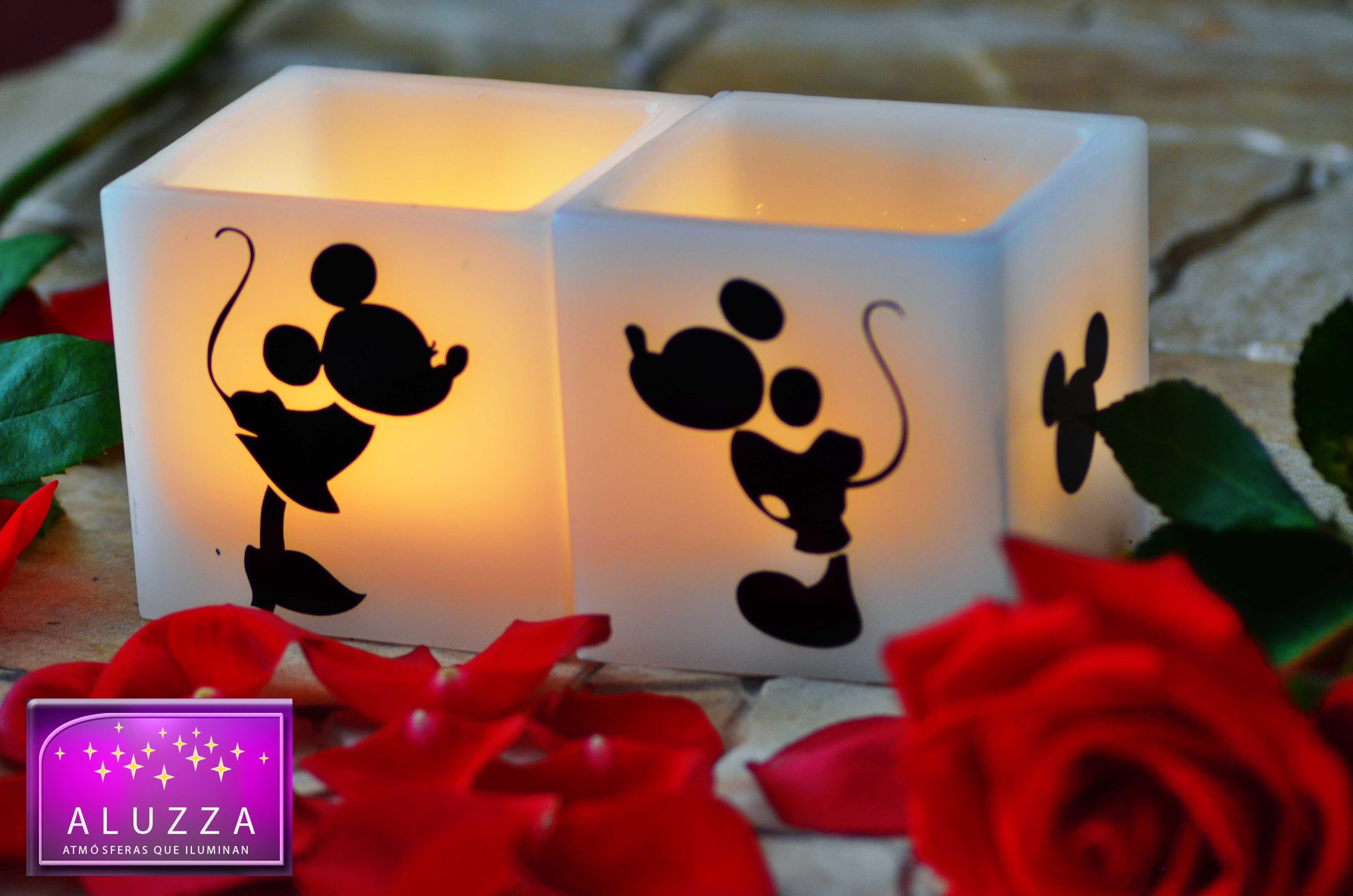 Detalle para Cumpleaños, XV años o Boda temáticos de Mickey Mouse y Minnie Mouse ALUZZA.