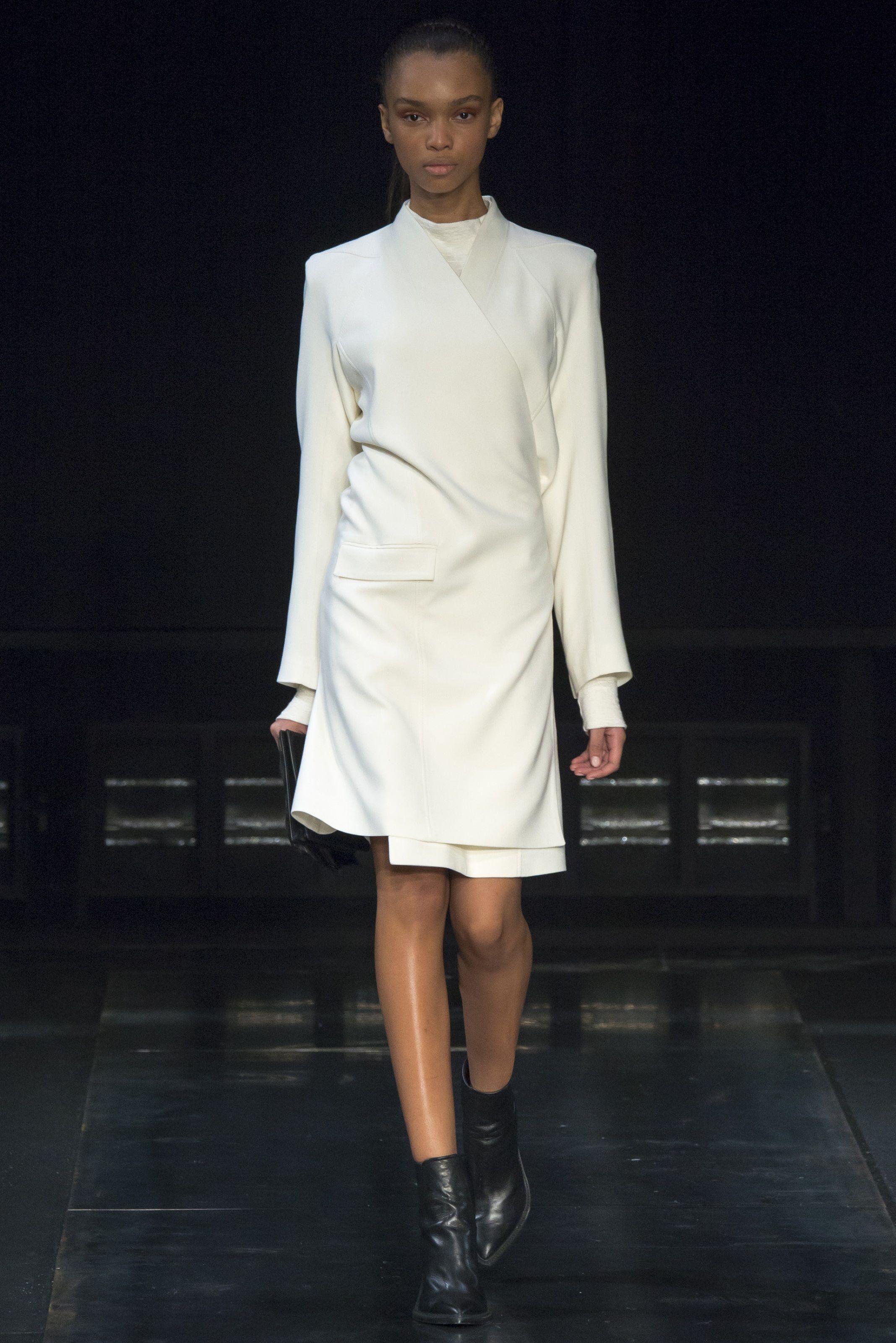 Sfilata Helmut Lang New York - Collezioni Autunno Inverno 2014-15 - Vogue 68b9448d13e