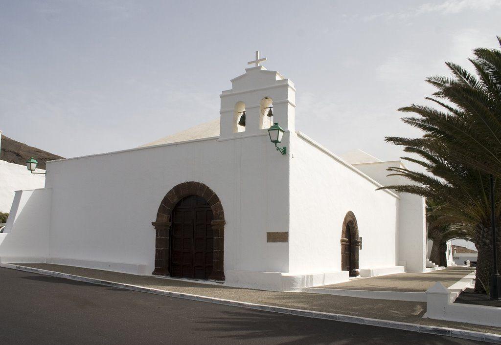 Fermés Iglesia de San Marcial del Rubicon patrono de la isla de Lanzarote+++