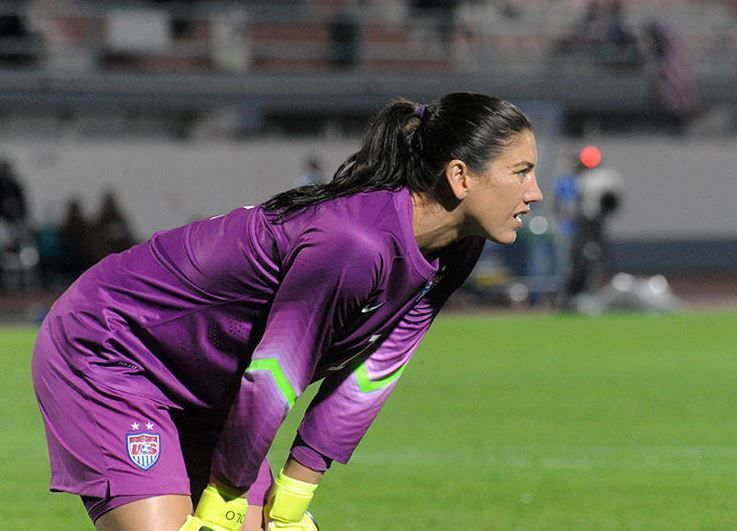 Hope Solo Net Worth 2015 (With images) Hope solo, Female