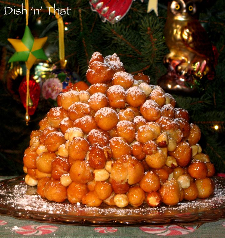 Best 25 italian traditions ideas on pinterest for List of traditional christmas desserts