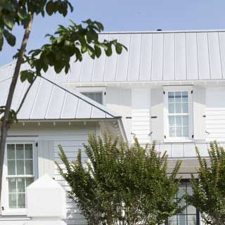 Ueco White House With Gray Metal Roof And Gray Shutters House Paint Exterior Metal Roof Houses Roof Design