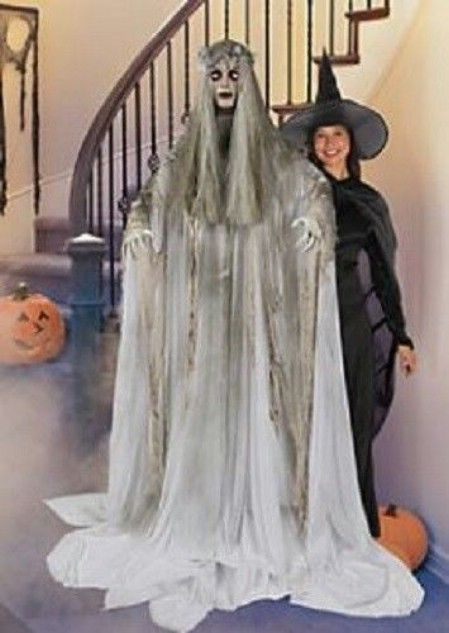 22 Wicked DIY Halloween Decorations And Scare Tactics Pinterest - life size halloween decorations