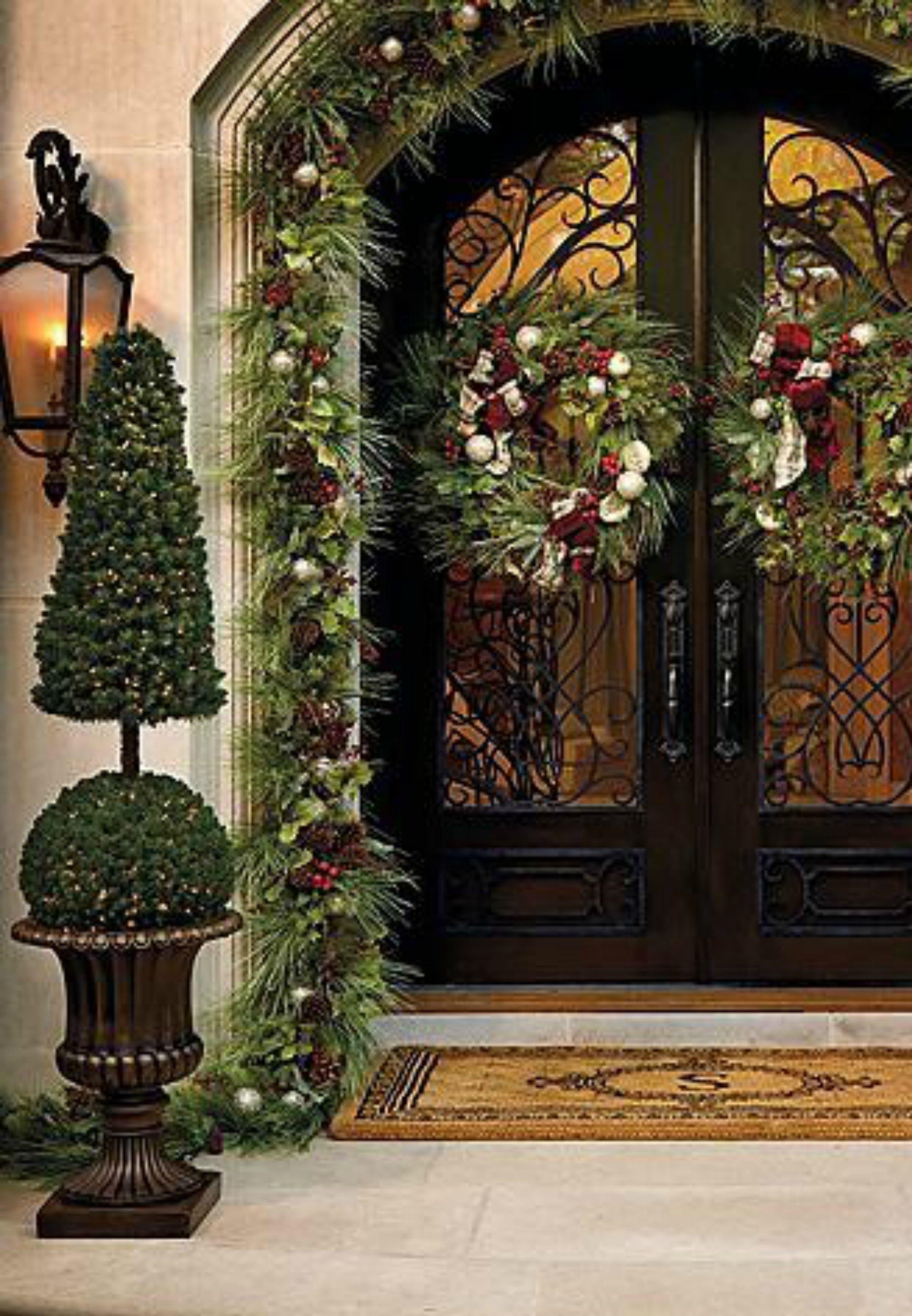 Christmas Entrance Decoration