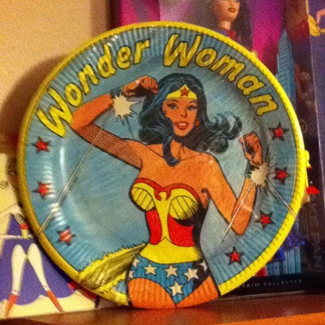 1970s wonder woman paper plates wonder woman Pinterest Wonder