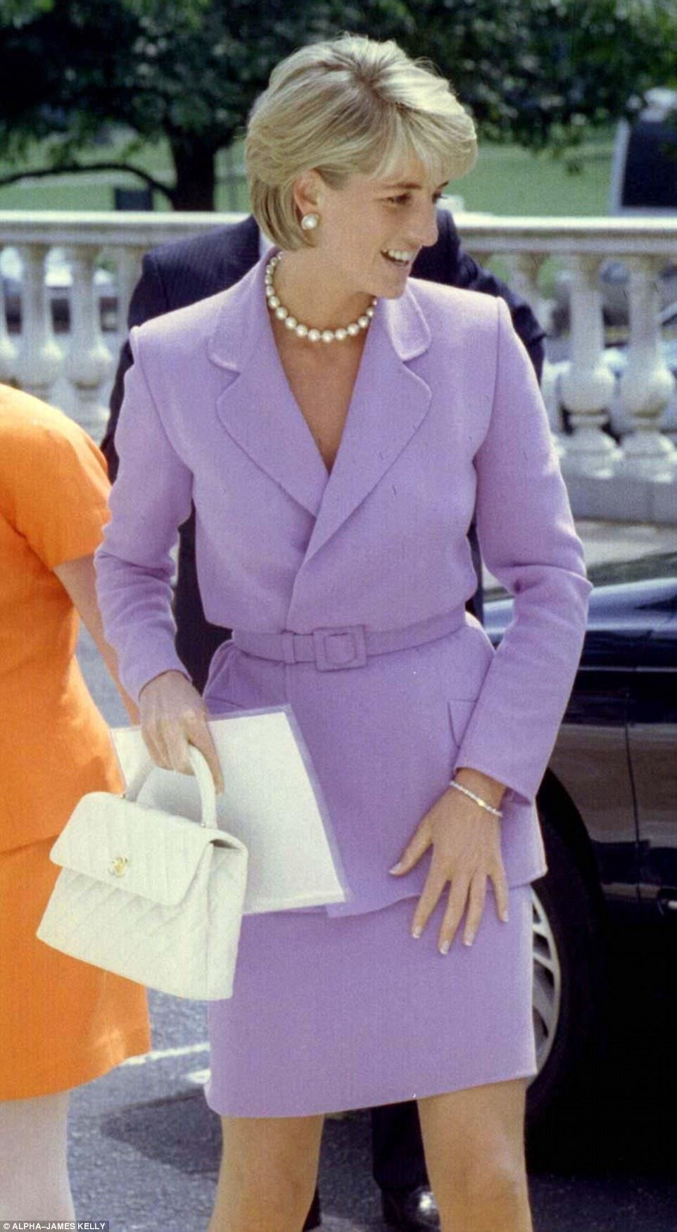 Diana and the birth of the 'It Bag' #princessdiana