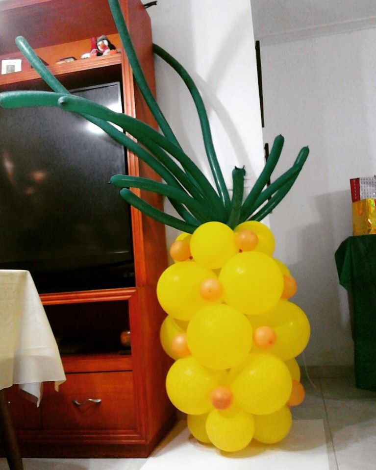 Pi a en globos decoraci n eventos pinterest globo - Decoracion con pina ...