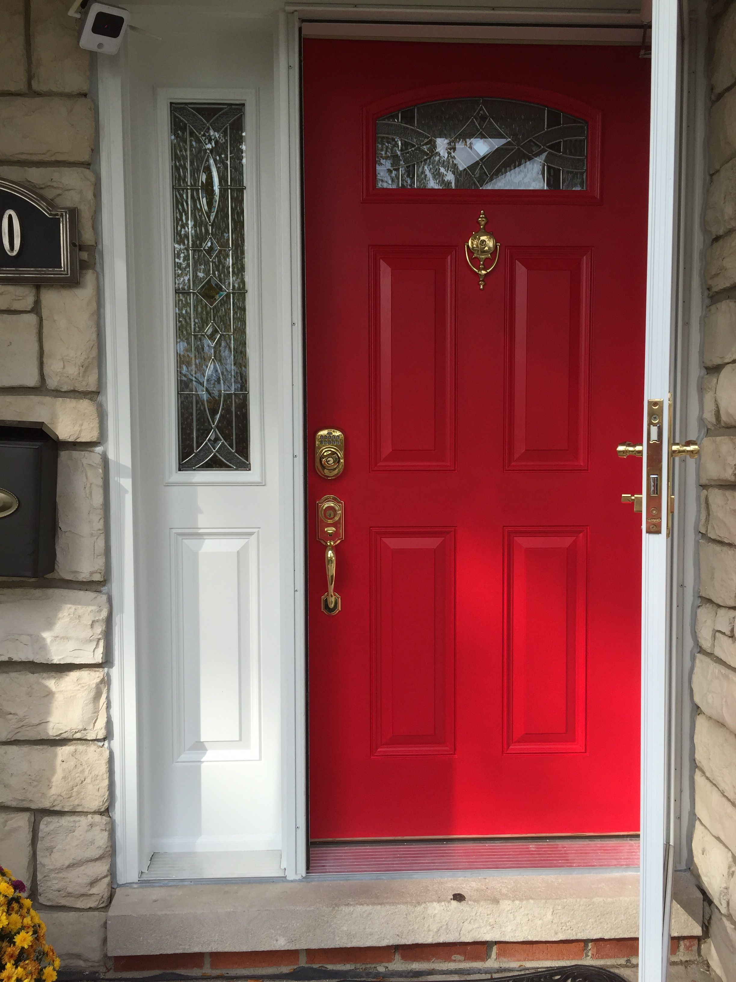 Perfect Red Door I Used Sherwin Williams In Heartthrob And M Love With My New Reddoor Sherwinwilliams