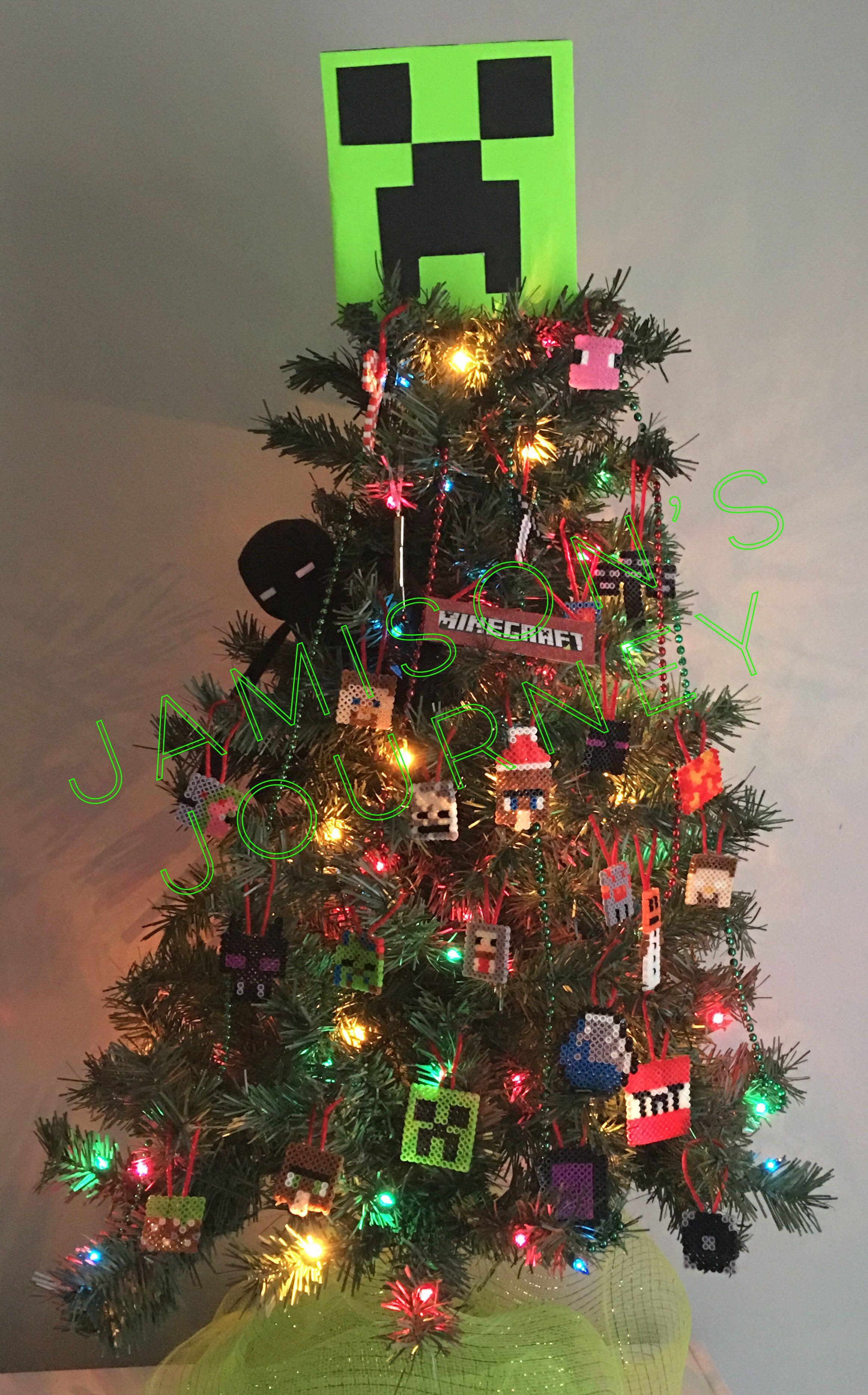 Minecraft Themed Christmas Tree Christmas Tree Themes Christmas Tree Christmas