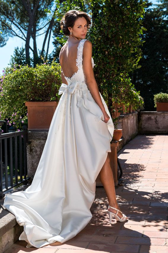 A new proposal form AnnaTumas atelier a convertible wedding dress - proposal form