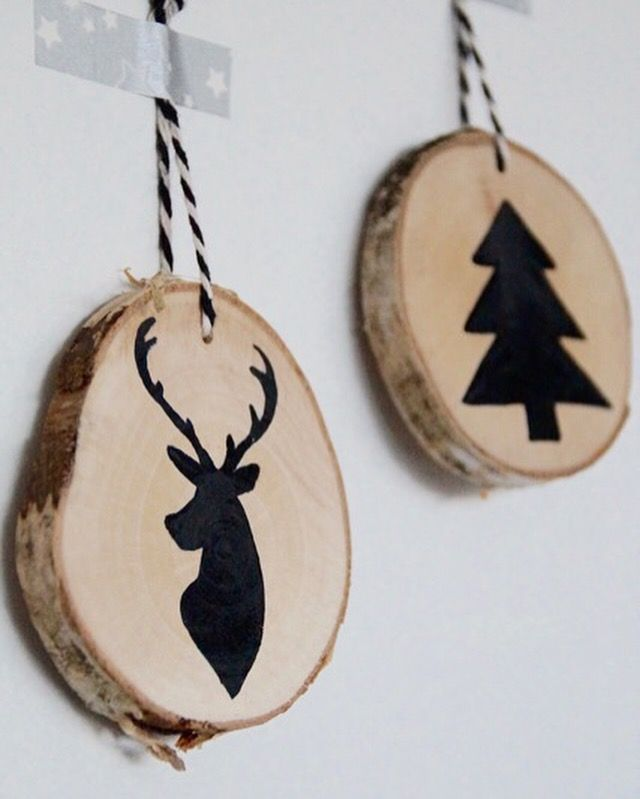 Zelfmaker wood slices xmas decoratie houten boomstam for Boomstam decoratie