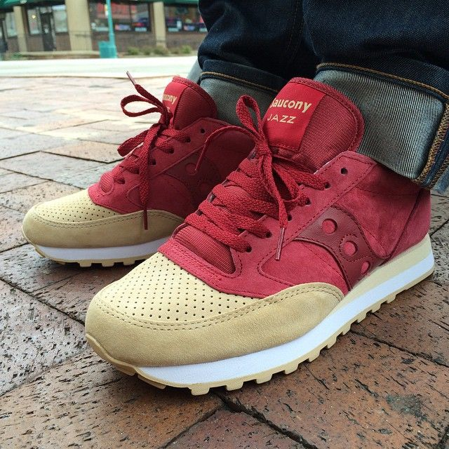 all red saucony