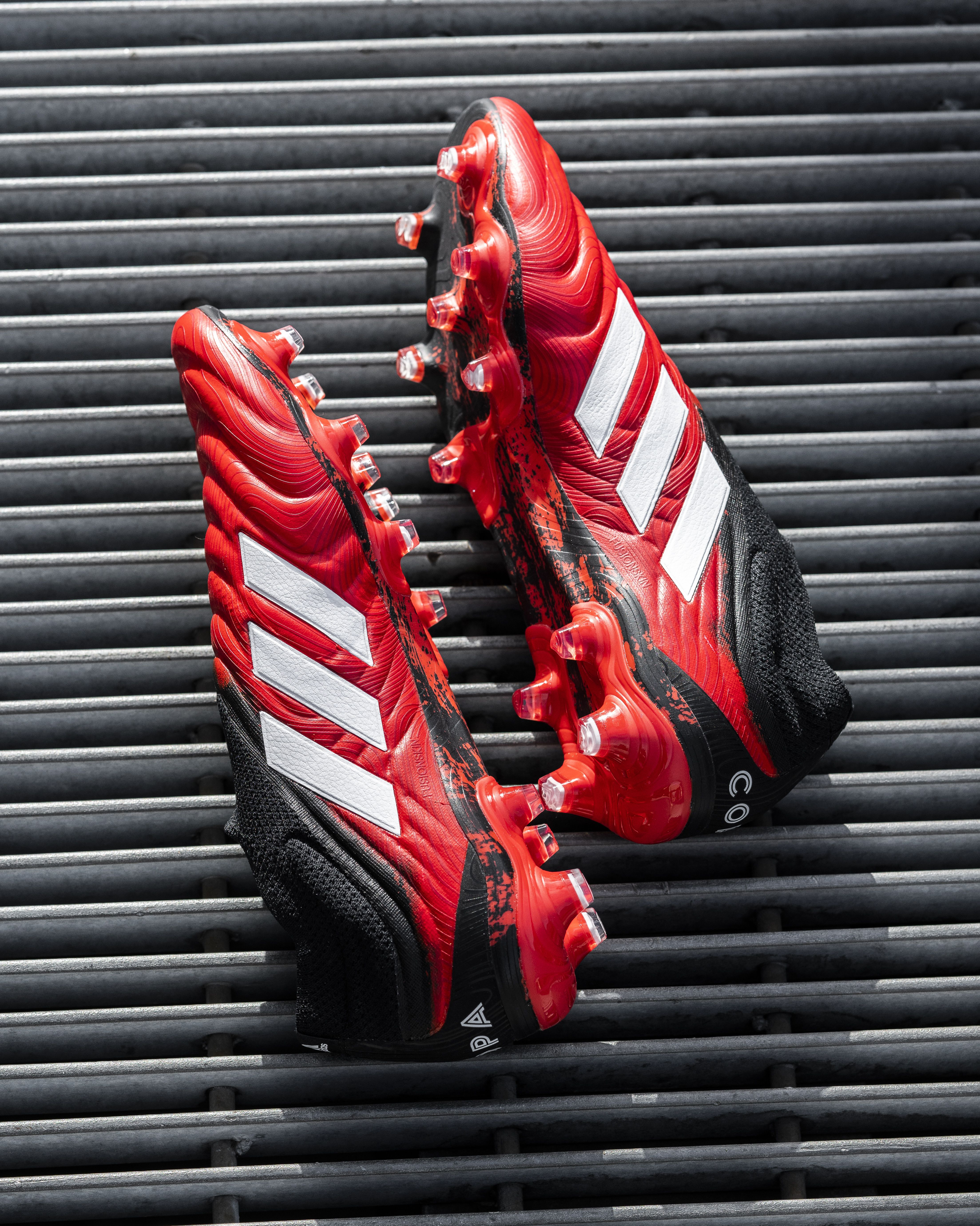 A Legend Made Laceless In 2020 Cleats Soccer Shoes Soccer Boots