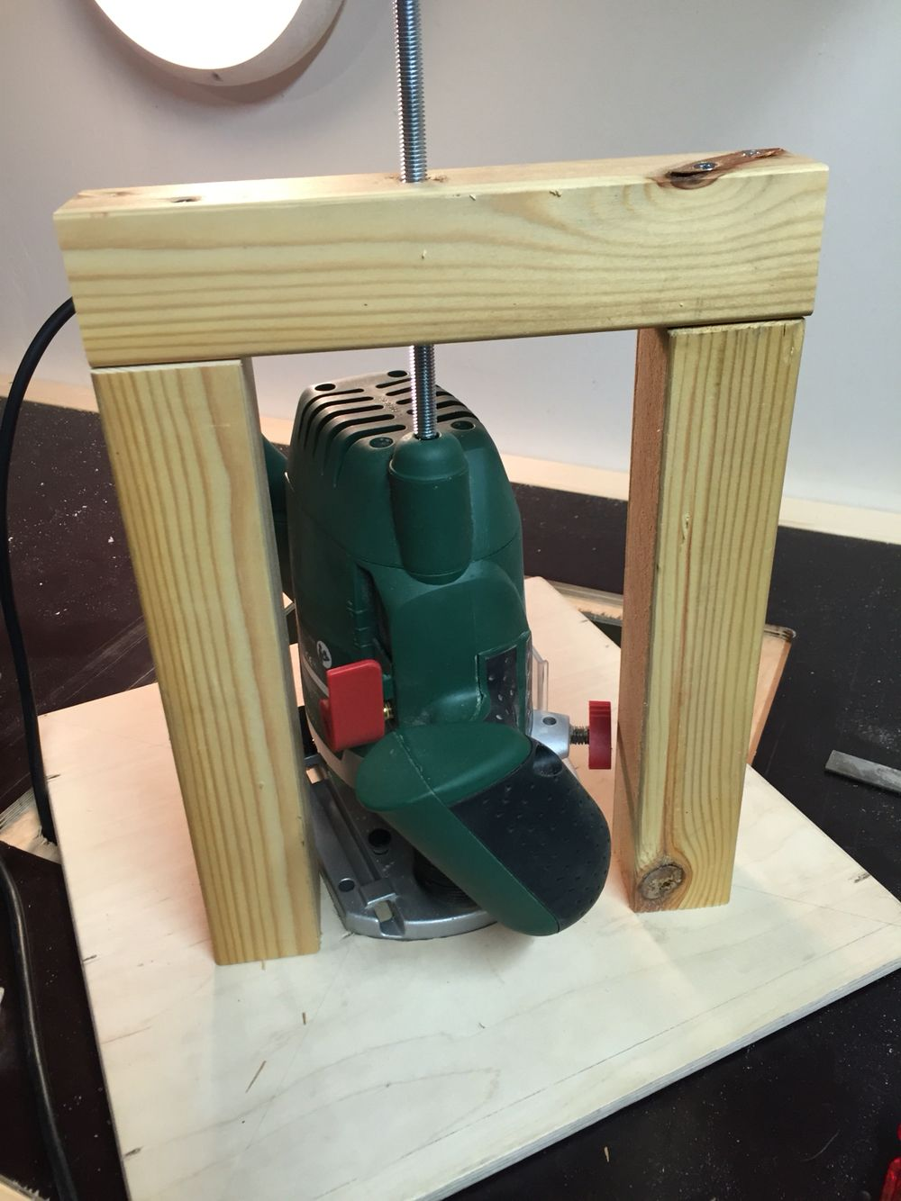 DIY Table router lift modification.
