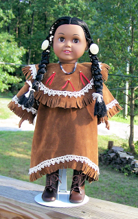 Free, printable 18 doll clothes pattern for Indian or Native American Princess Dress. Suitable for Sacajawea or Pocahontas #indianbeddoll