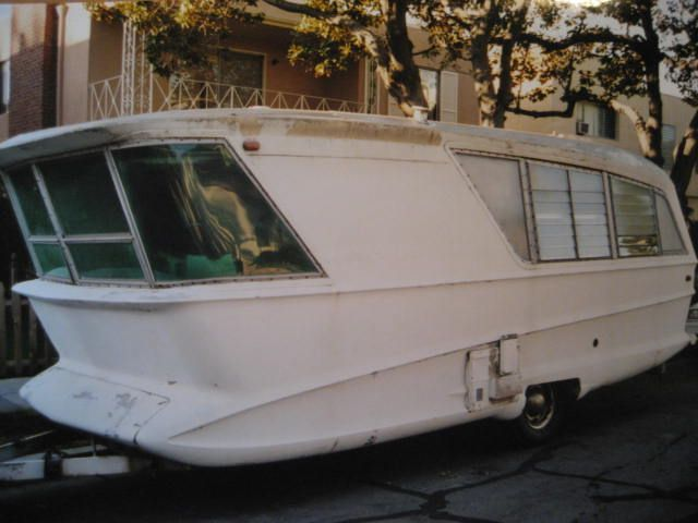 Holiday House 1960 Model X Geographic Travel Trailer Vintage Travel Trailers Vintage Campers Trailers Vintage Trailers
