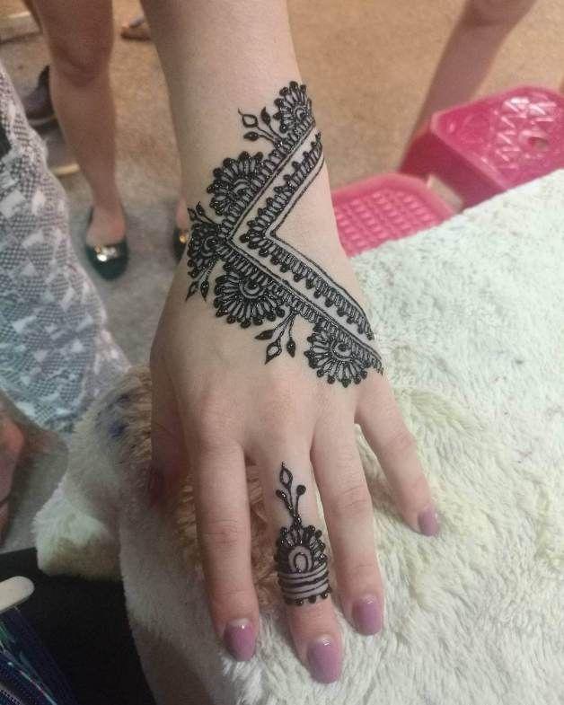 20 Modern Henna Designs 2018 Mehndi Designs For Hands Modern