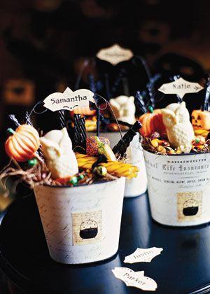 Halloween Owl Treat Buckets - mod podge buckets