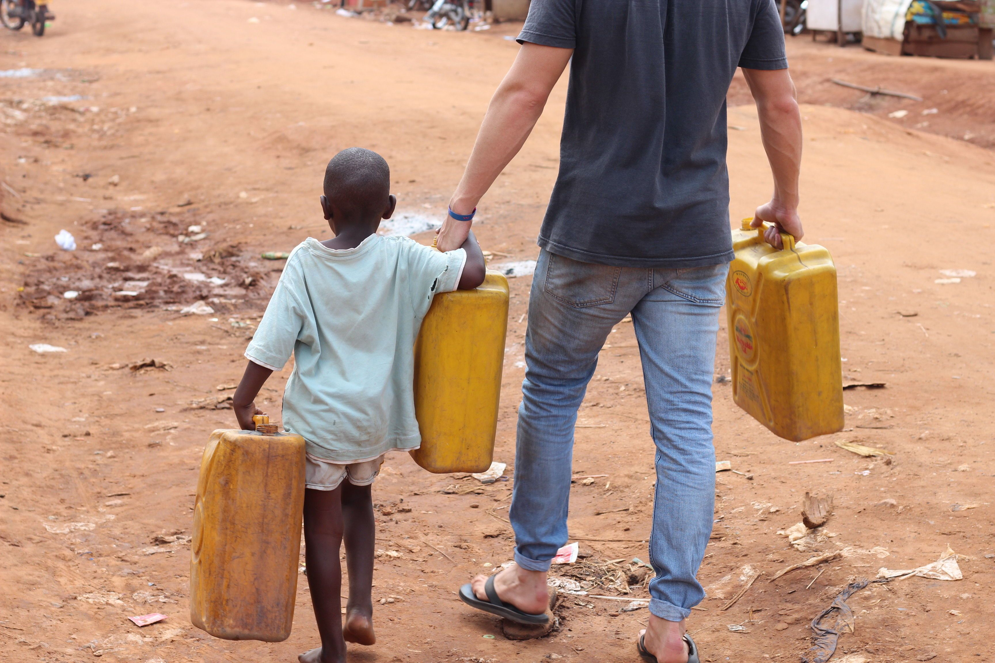 Helping hand. Sponsorship means lending a helping hand to