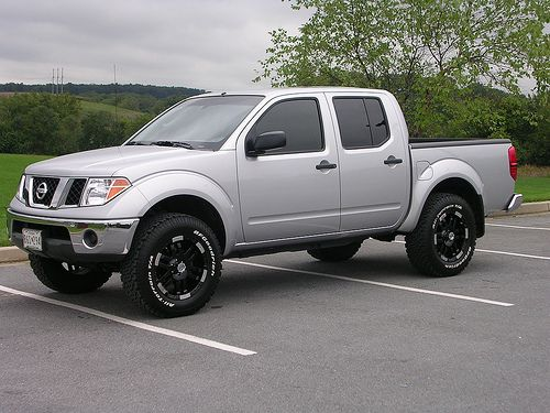 Nissan Frontier Leveling Kit Before And After >> Nissan Navara with 3 inch lift..super tidy! | TRUCKS | Pinterest | Nissan navara, Nissan and ...