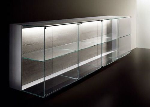 Light inside the Sideboard from Poggenpohl Porsche Design Kitchen P'7340...Very sleek and pratical at same time.