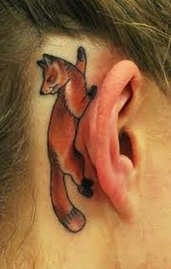 INSPIRA DNIA: tatuaż za uchem