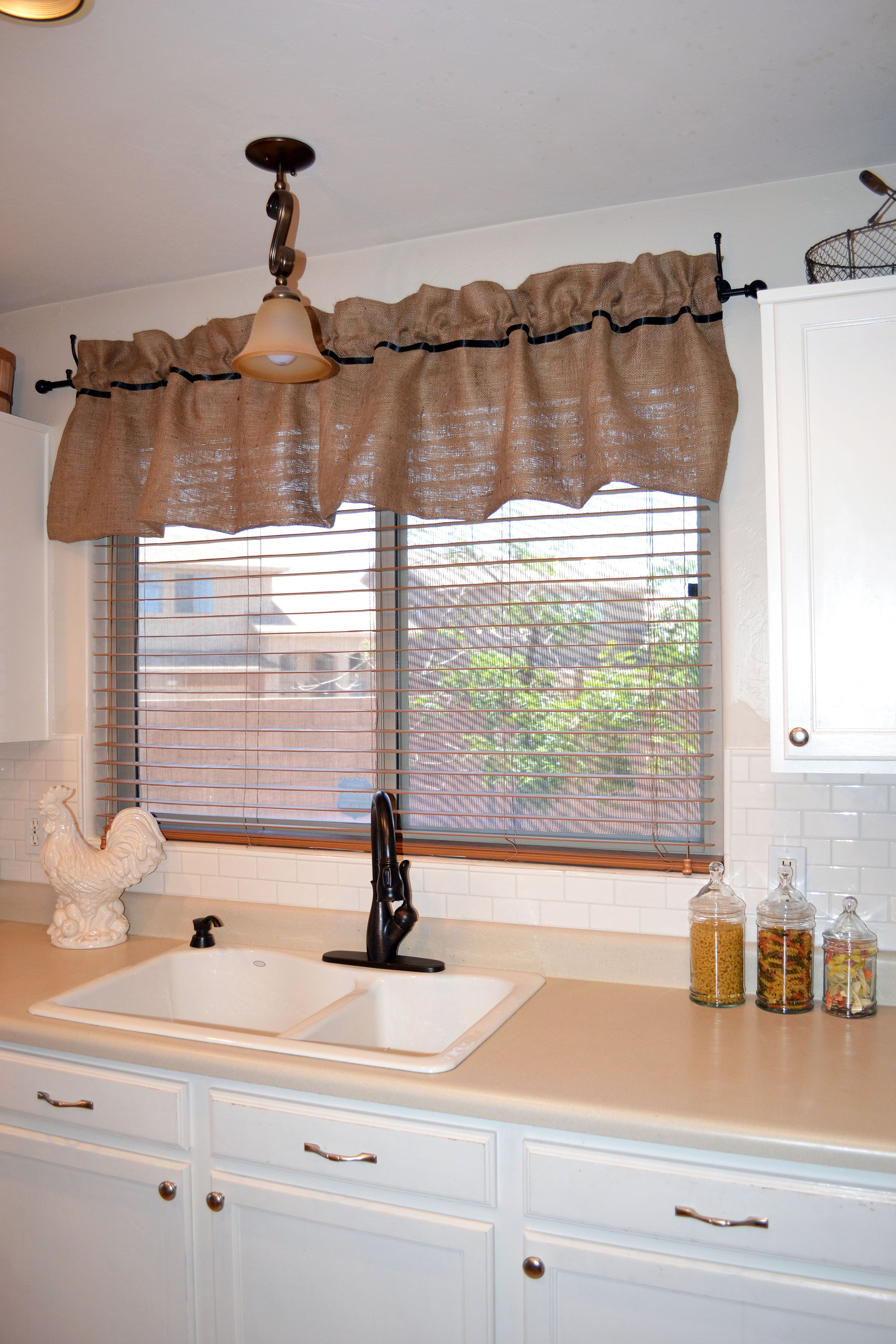burlap window valance so pretty www miss diy com kitchen window treatments curtains home on farmhouse kitchen curtains id=33916