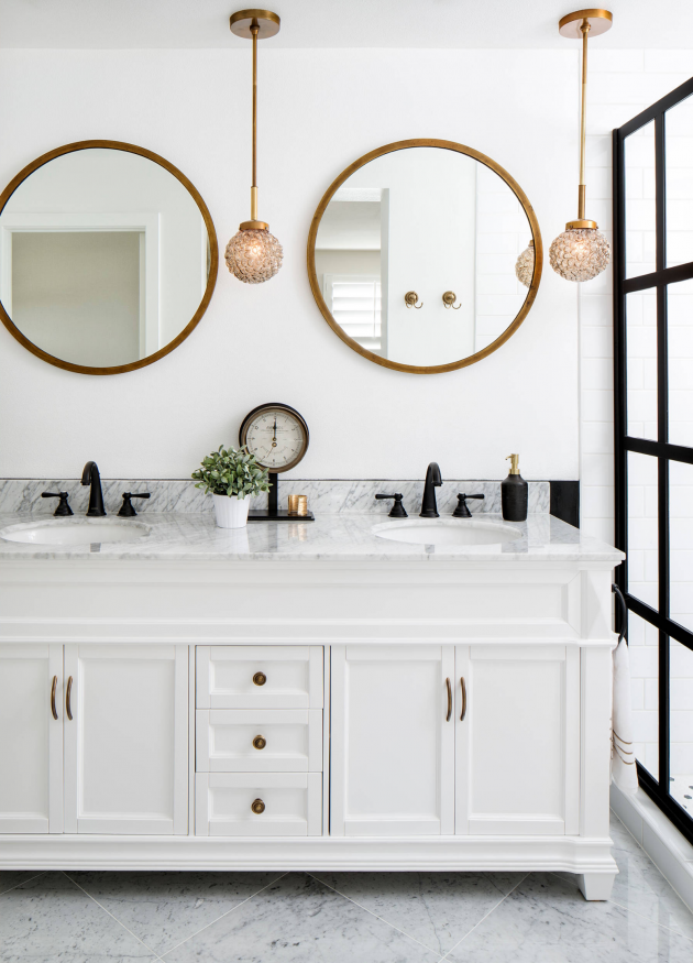 Bathrooms With Round Vanity Mirrors