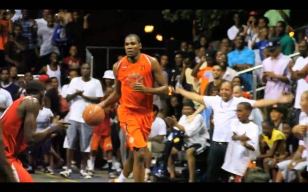 03c5b8e3f57 Kevin Durant scores 66 Points at Rucker Park