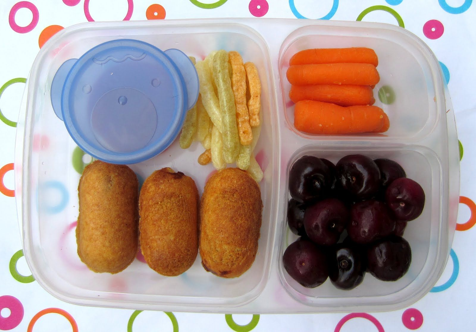BentoLunch.net - What's for lunch at our house: Mini-Corndog Bento for School