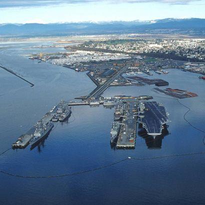 Everett Washington Naval Base Uss Nimitz Cvn 68 2011 Change Of Homeport Naval Station Everett Wa Navy Carriers Uss Nimitz City