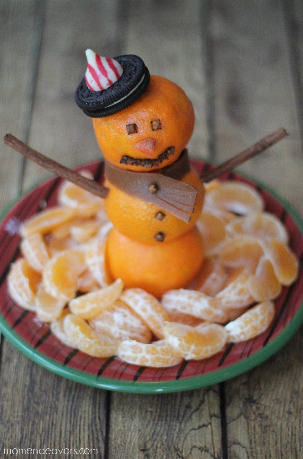 Fun Food Kids Snowman Christmas Fruit winter schneemann Platter obst fruits obsteller clementinen mandarinen Weihnachten gesund healthy snack