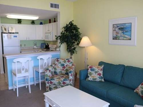 Dunes 307 Gulf Shores (Alabama) Dunes 307 offers accommodation in Fort Morgan, 28 km from Gulf Shores. The property features views of the sea is 41 km from Orange Beach. Free WiFi is available throughout the property.  The unit fitted with a kitchen with a dishwasher and oven.