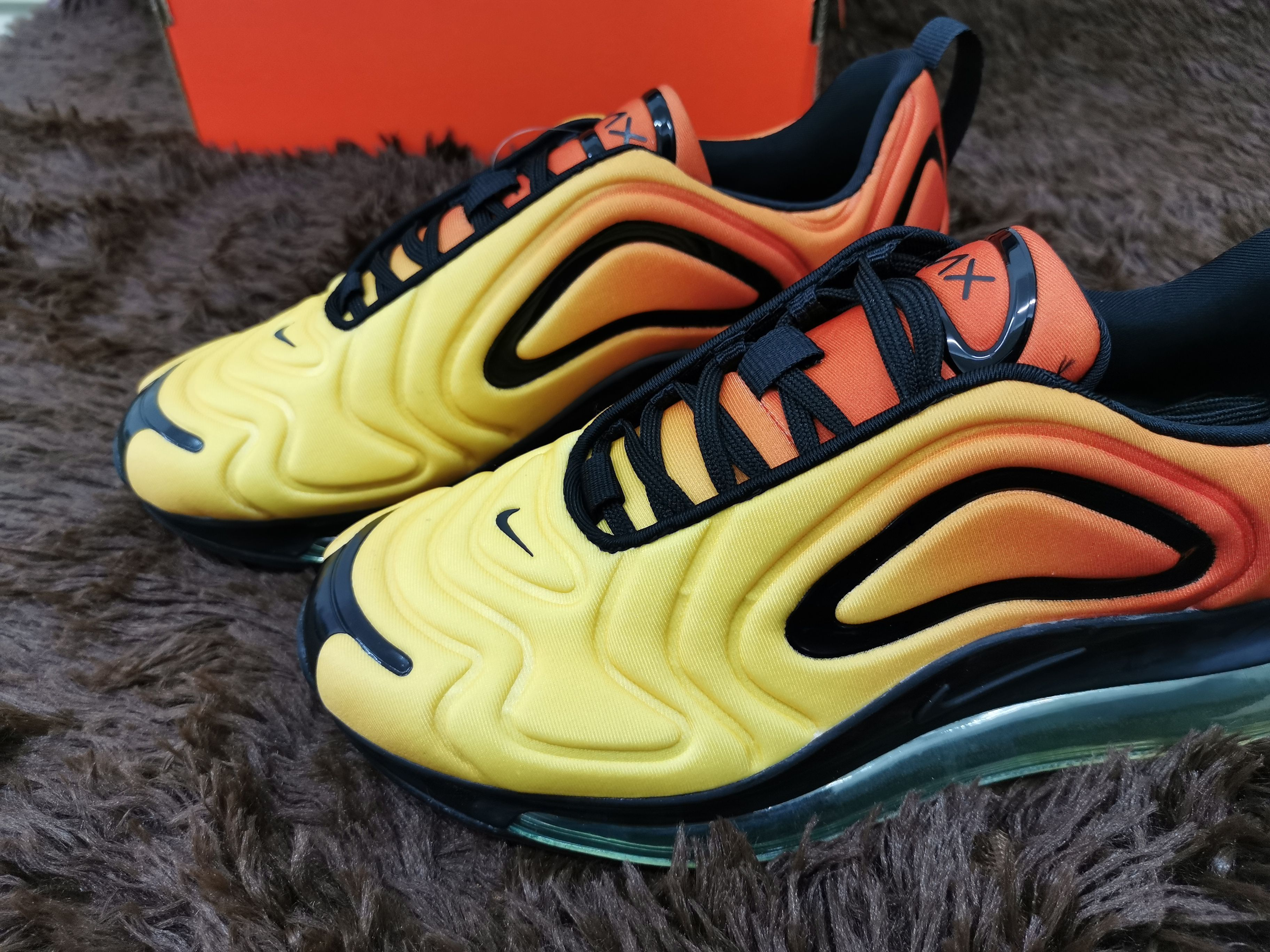 outlet Air Max 720 Sunset Shoes