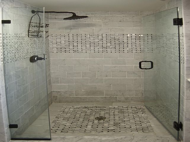 The in this bathroom tile design ideas for small bathrooms for Tile for small bathroom