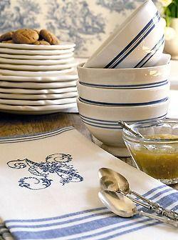 blue and white striped bowls with floral monogram linens kitchen dream in blue geschirr. Black Bedroom Furniture Sets. Home Design Ideas
