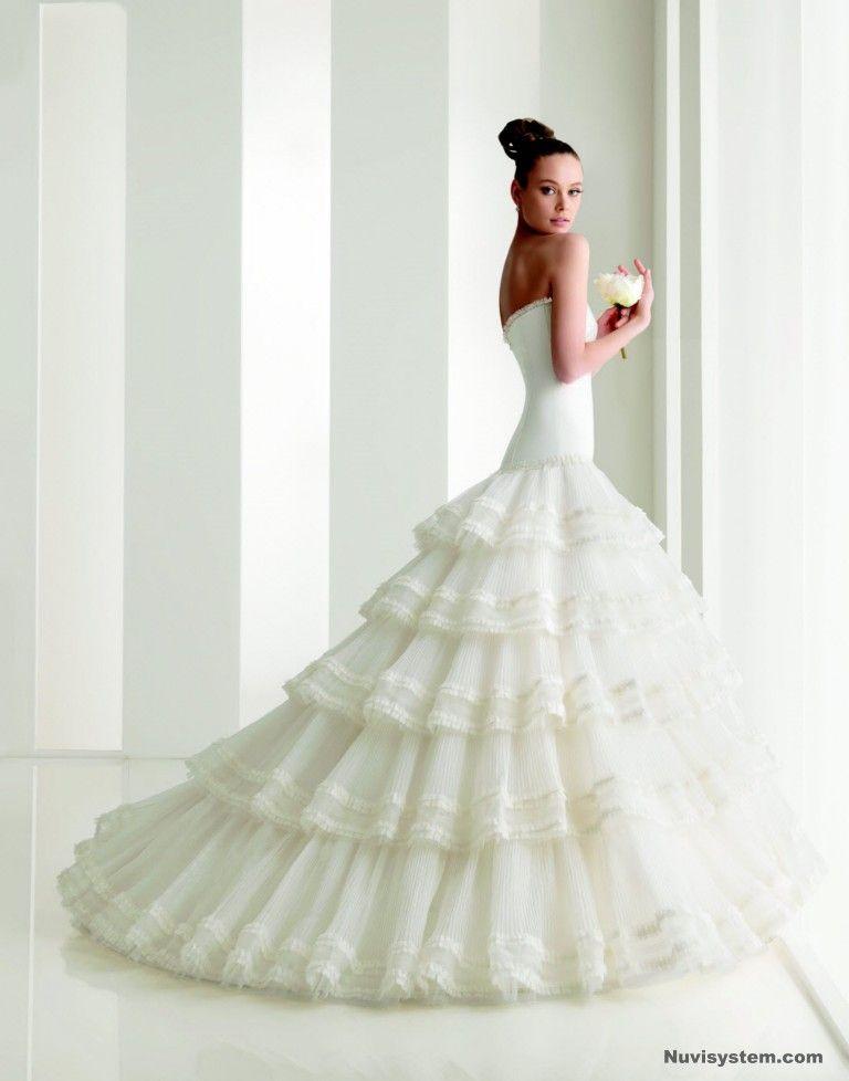 Vestidos de novia flamencos de rosa clara